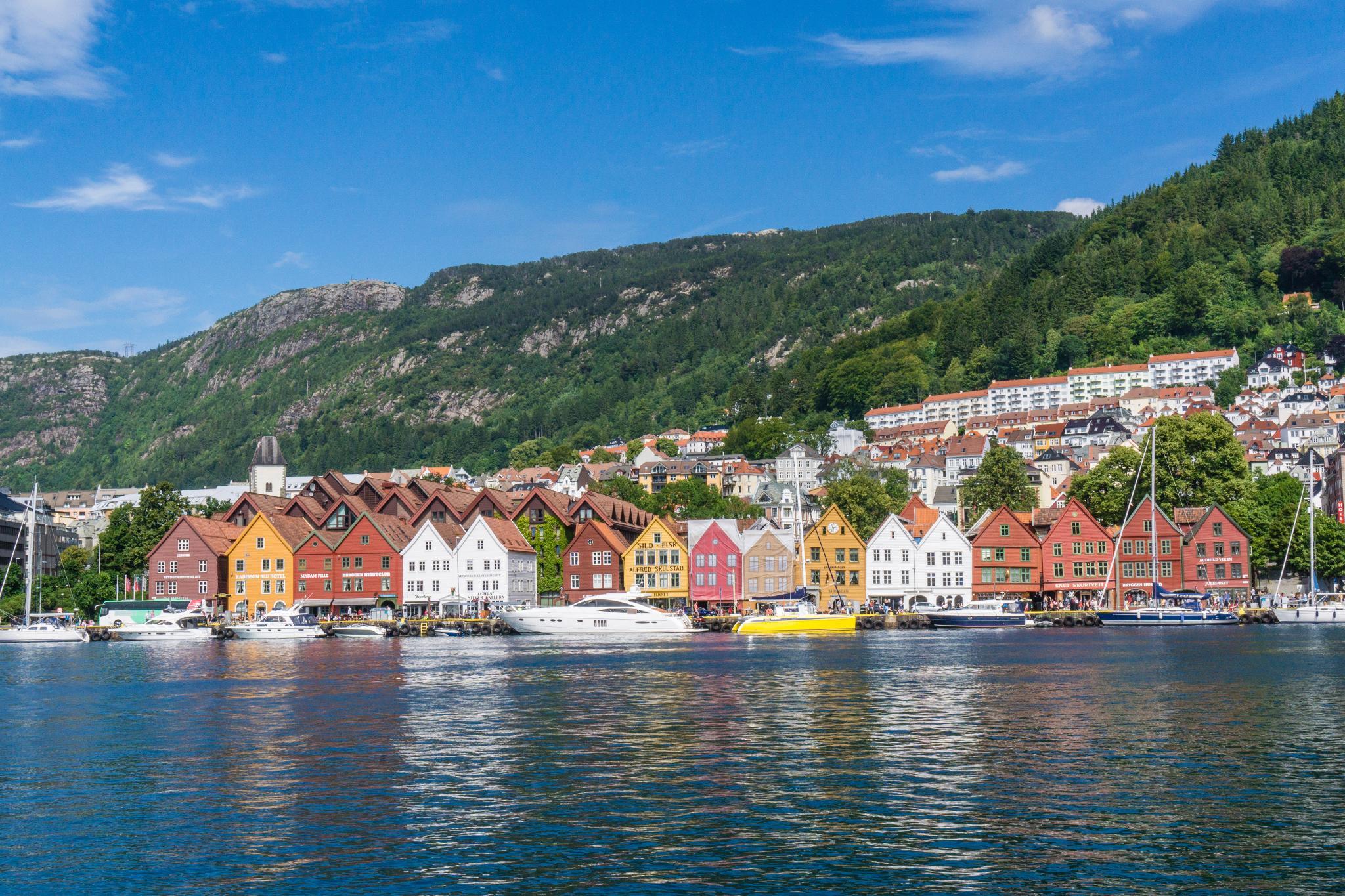 【卑爾根】Bryggen 世界遺產布呂根 — 迷失在百年歷史的挪威彩色木屋 34