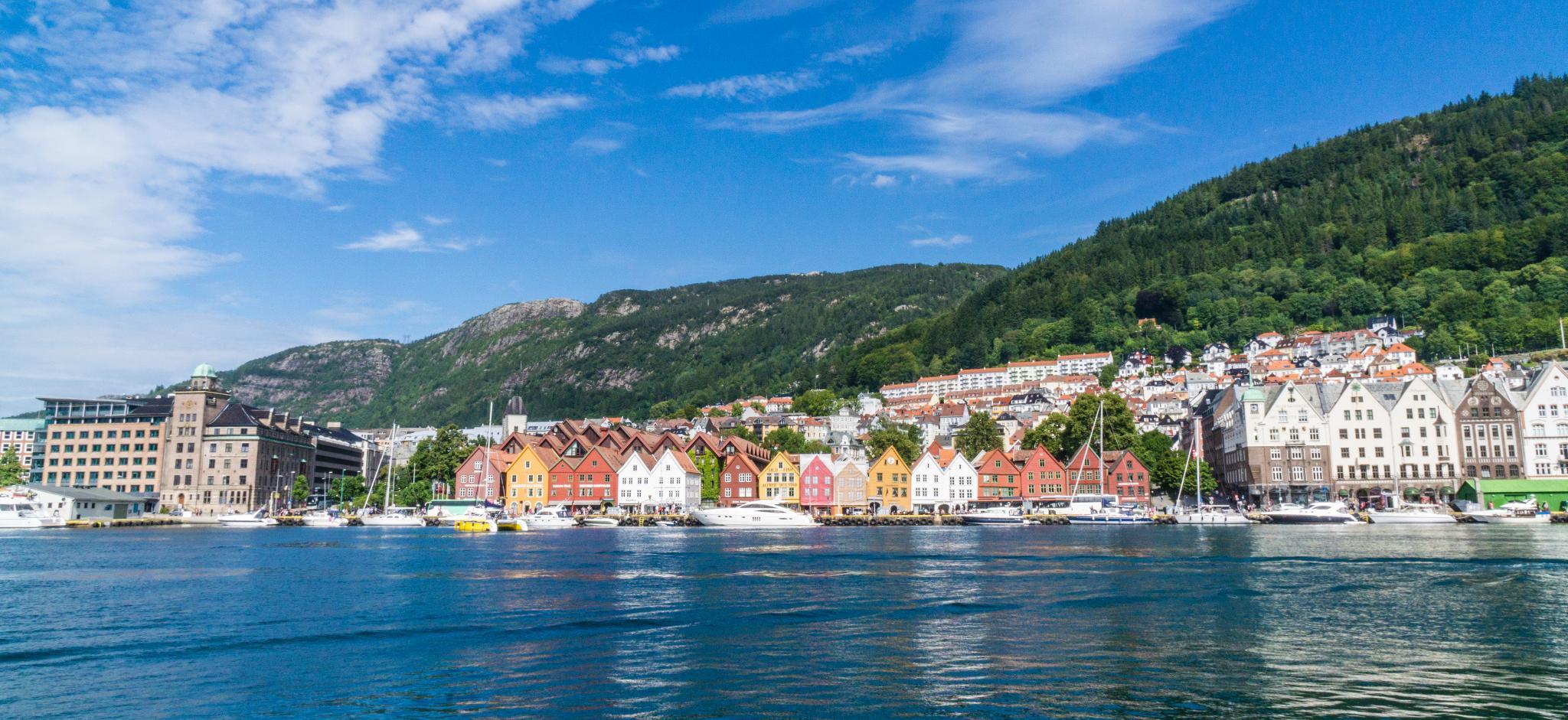 【卑爾根】Bryggen 世界遺產布呂根 — 迷失在百年歷史的挪威彩色木屋 33