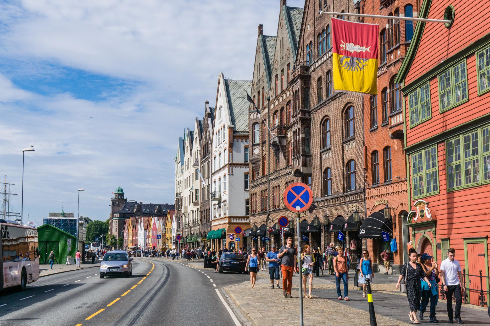 【卑爾根】Bryggen 世界遺產布呂根 — 迷失在百年歷史的挪威彩色木屋 8