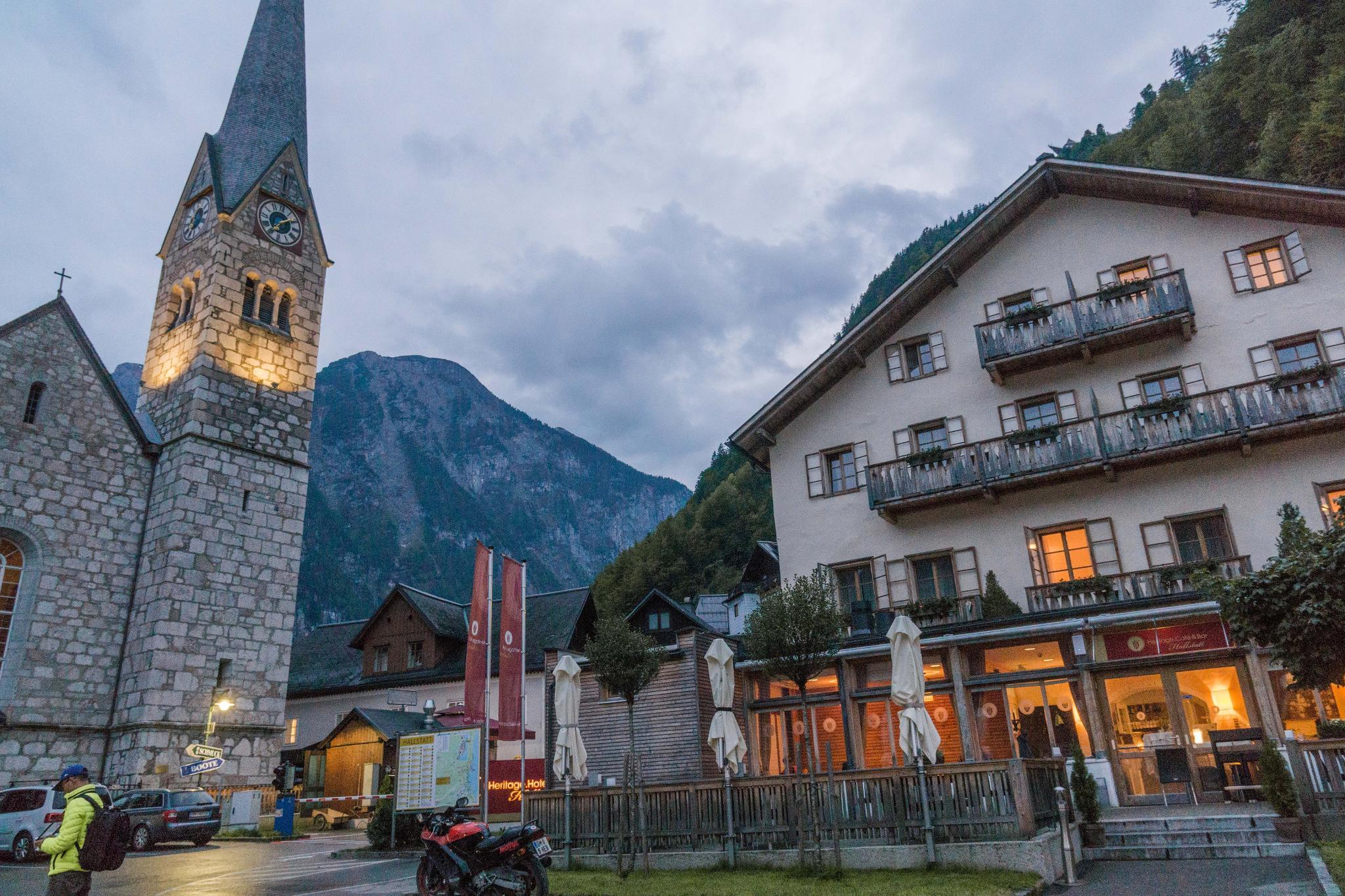 【奧地利】童話仙境 Hallstatt 哈修塔特 — 追逐世界遺產小鎮的夢幻黃金日出 43