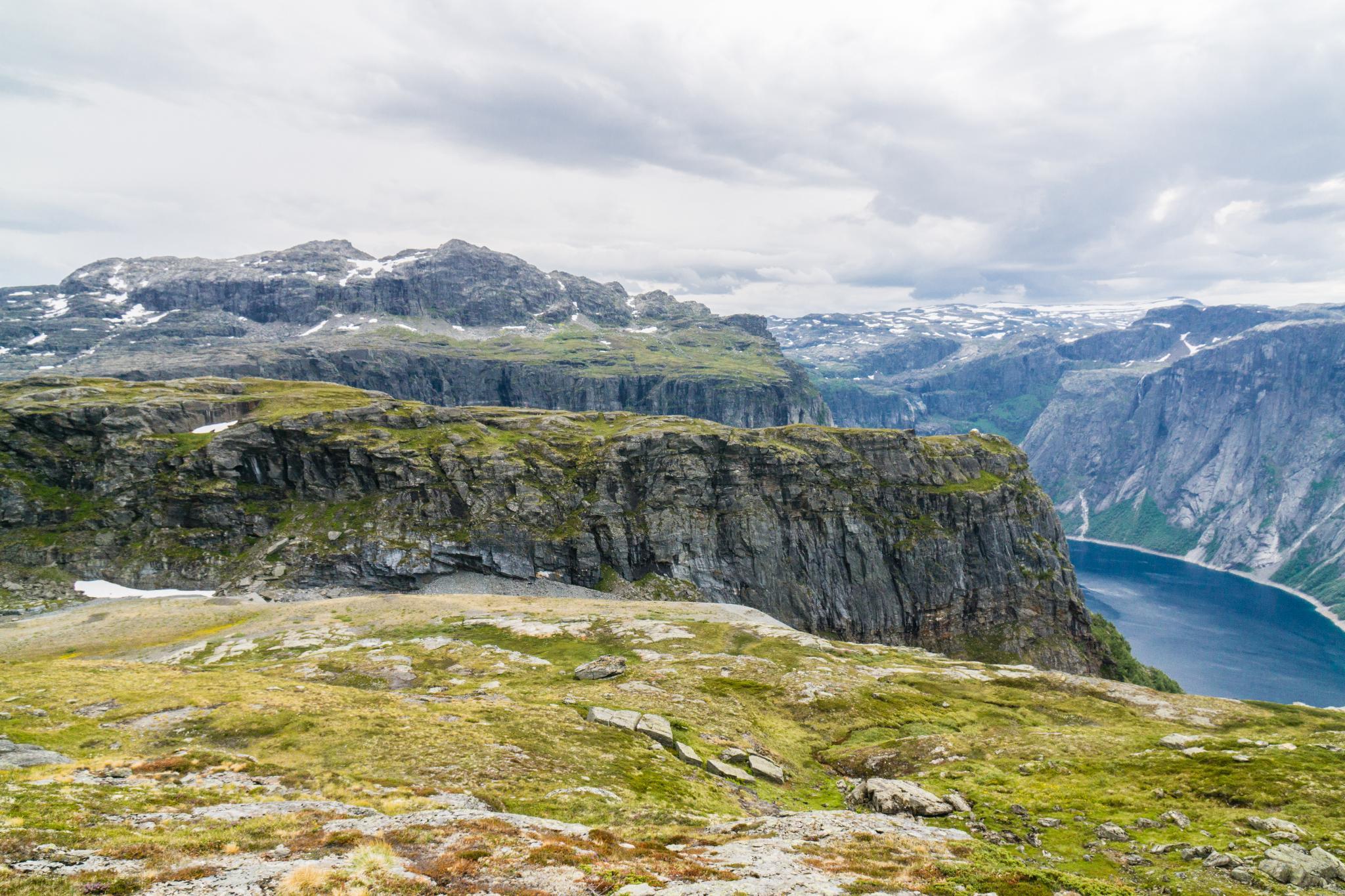 【北歐景點】挪威惡魔之舌 Trolltunga — 28公里健行挑戰全攻略 217
