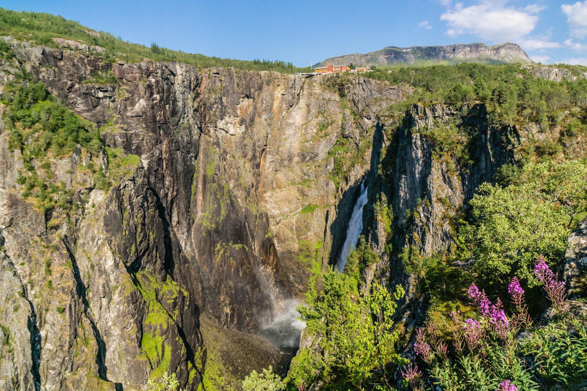 【北歐景點】哈丹格峽灣探秘:史詩般磅礴的菲爾鈴瀑布 Vøringfossen 27