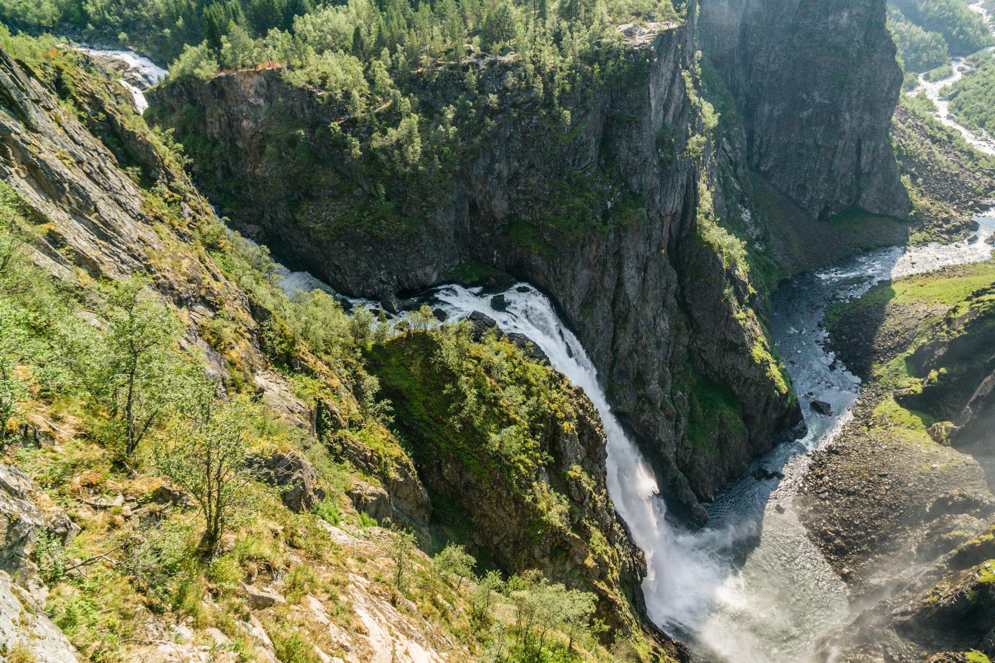 【北歐景點】哈丹格峽灣探秘:史詩般磅礴的菲爾鈴瀑布 Vøringfossen 31