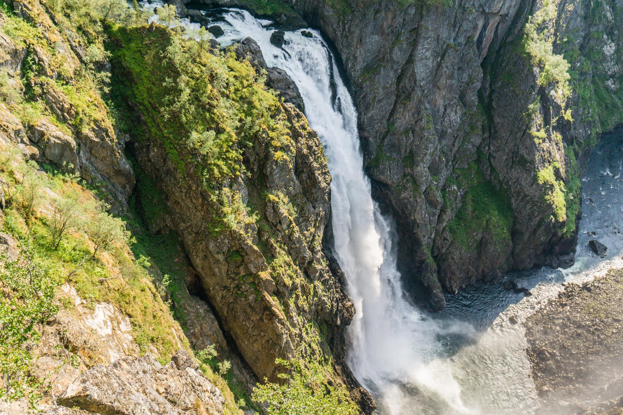【北歐景點】哈丹格峽灣探秘:史詩般磅礴的菲爾鈴瀑布 Vøringfossen 32