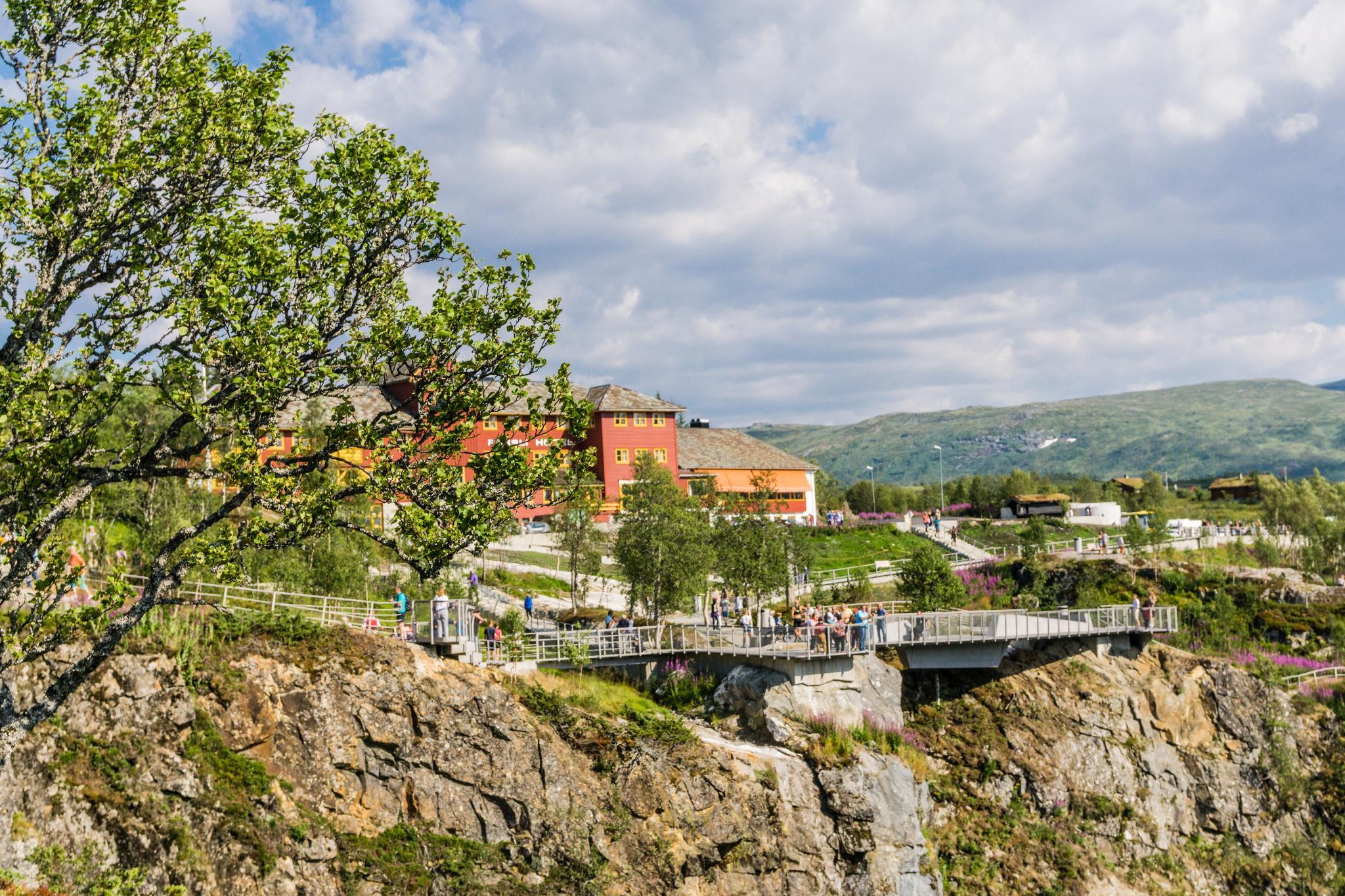 【北歐景點】哈丹格峽灣探秘:史詩般磅礴的菲爾鈴瀑布 Vøringfossen 30