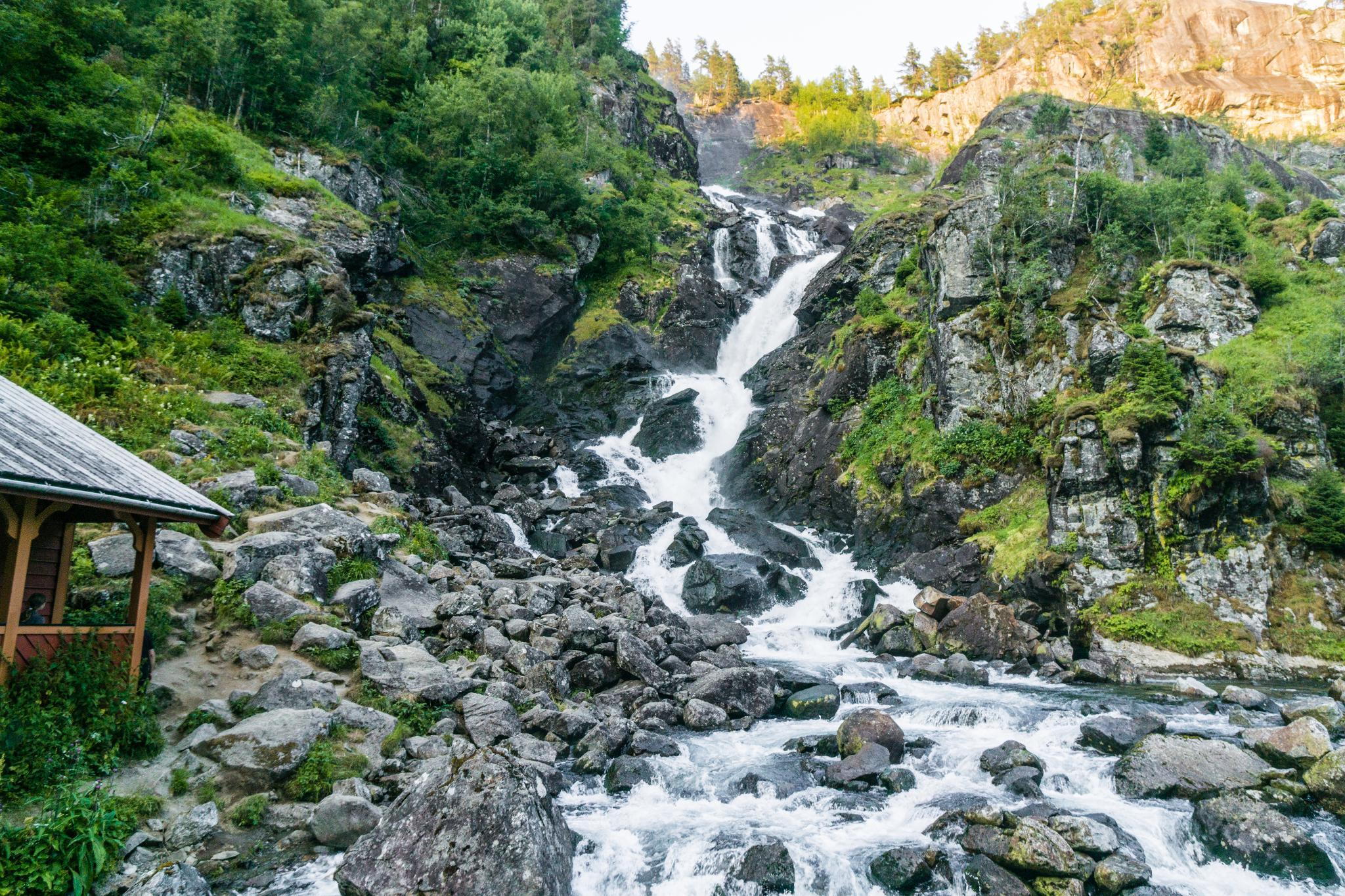 【北歐景點】中世紀的朝聖者之路:百年歷史的Røldal小鎮 6