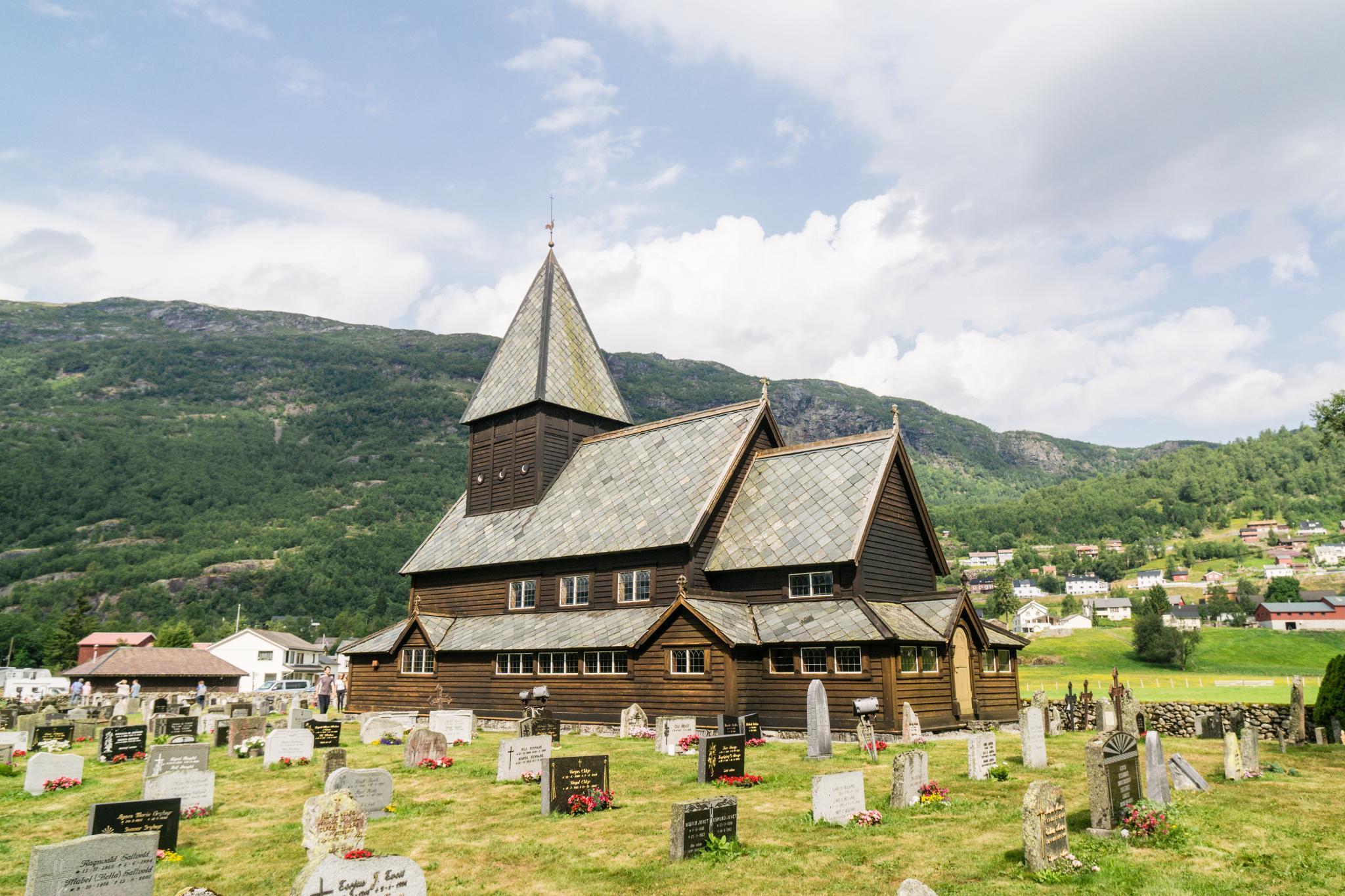 【北歐景點】中世紀的朝聖者之路:百年歷史的Røldal小鎮