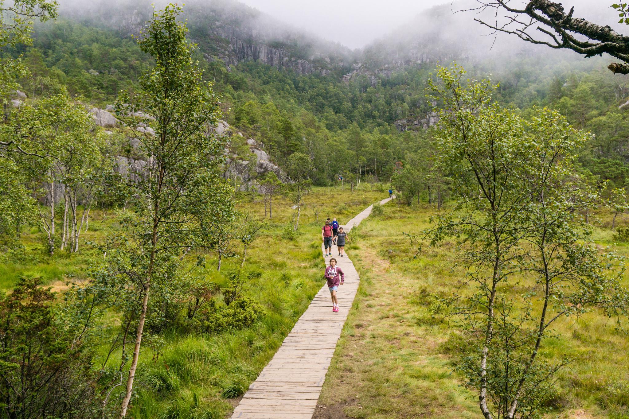 【北歐景點】朝聖挪威三大奇岩:聖壇岩Preikestolen健行紀錄 10