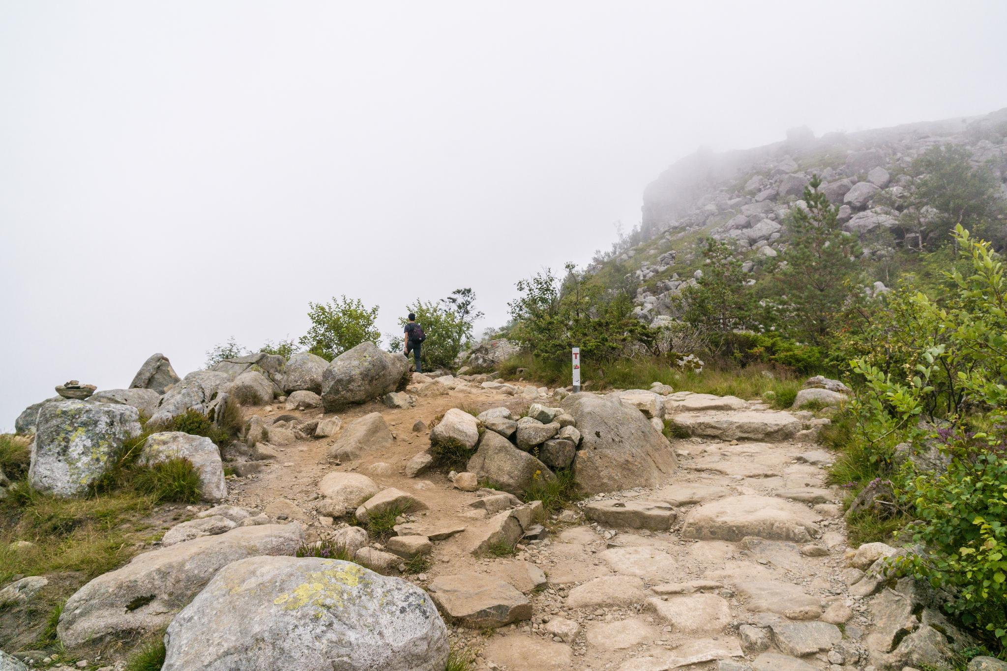 【北歐景點】朝聖挪威三大奇岩:聖壇岩Preikestolen健行紀錄 11