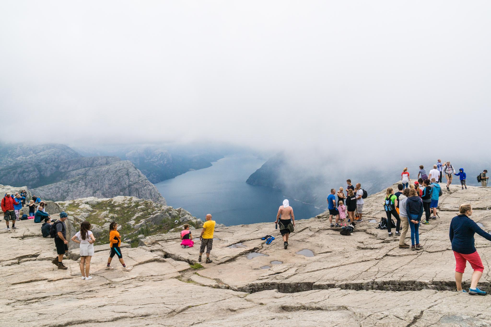 【北歐景點】朝聖挪威三大奇岩:聖壇岩Preikestolen健行紀錄 23