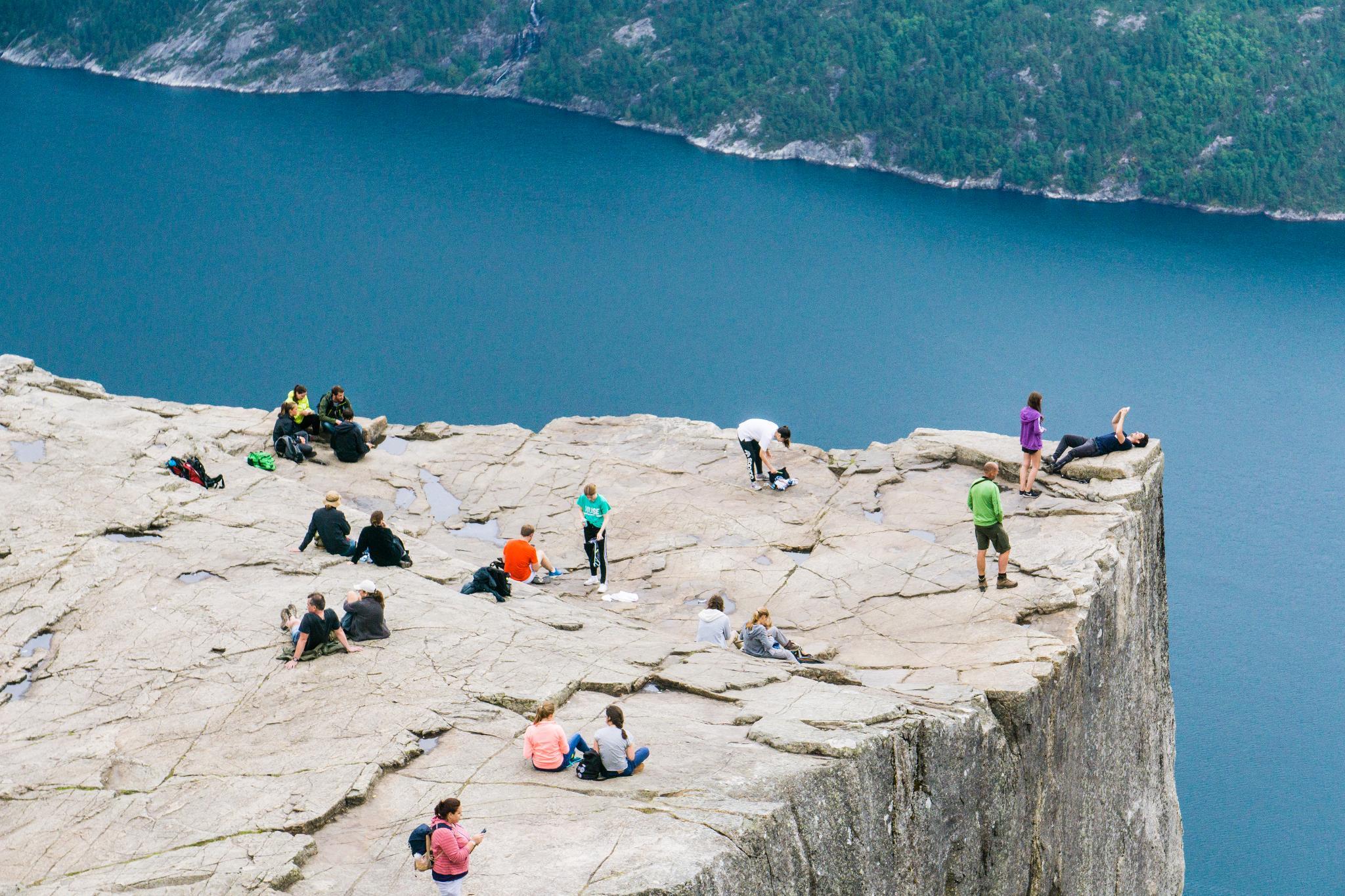 【北歐景點】朝聖挪威三大奇岩:聖壇岩Preikestolen健行紀錄 33