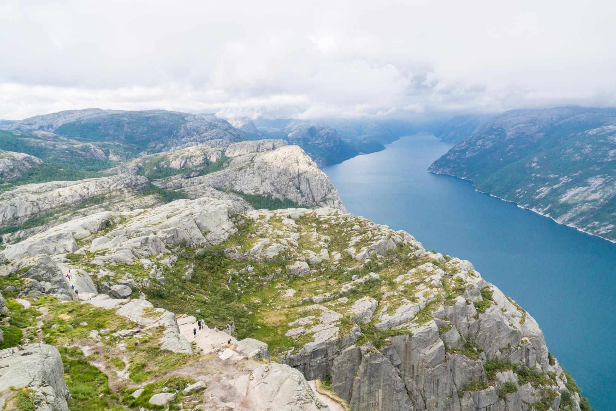 【北歐景點】朝聖挪威三大奇岩:聖壇岩Preikestolen健行紀錄 37