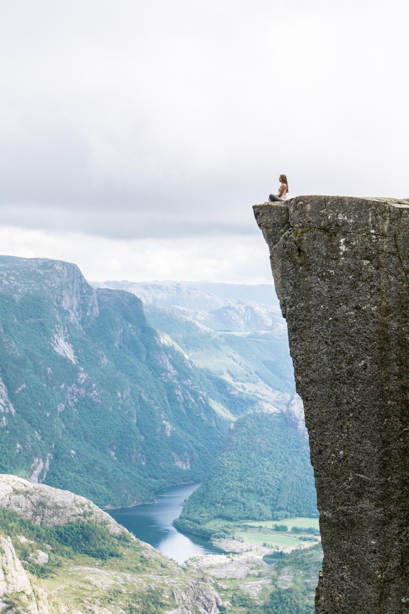 【北歐景點】朝聖挪威三大奇岩:聖壇岩Preikestolen健行紀錄 42